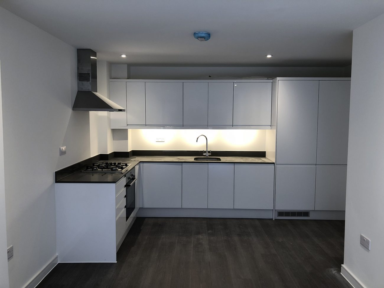 Block of 34 Luxury flats newly completed